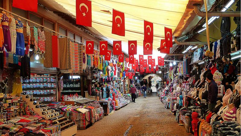 4e0d365a16af Шоппинг в Кемере: магазины, торговые центры, рынки Кемера